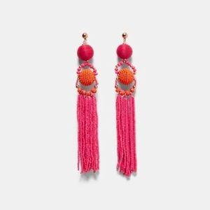 NWT Sara pink and orange beaded dangling earrings